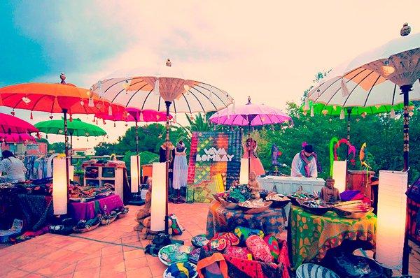 White Summer Market