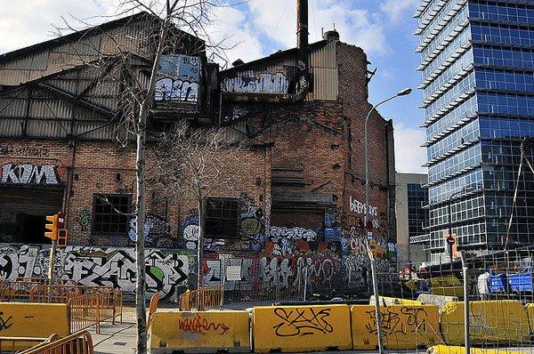 Poble Nou Street Art & Graffiti Bike Tour