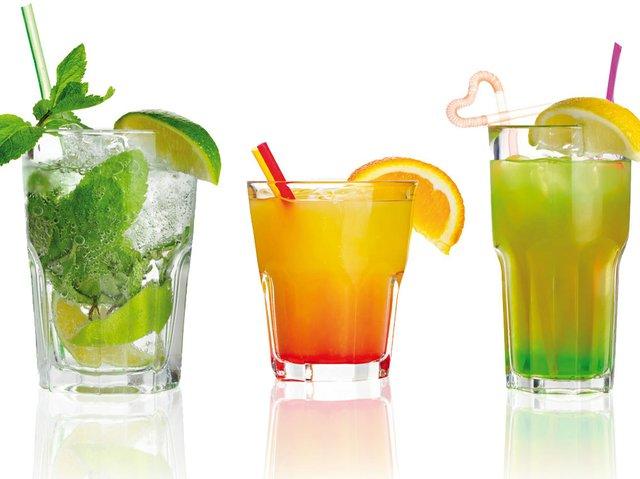 Cocktails_reihe.jpg