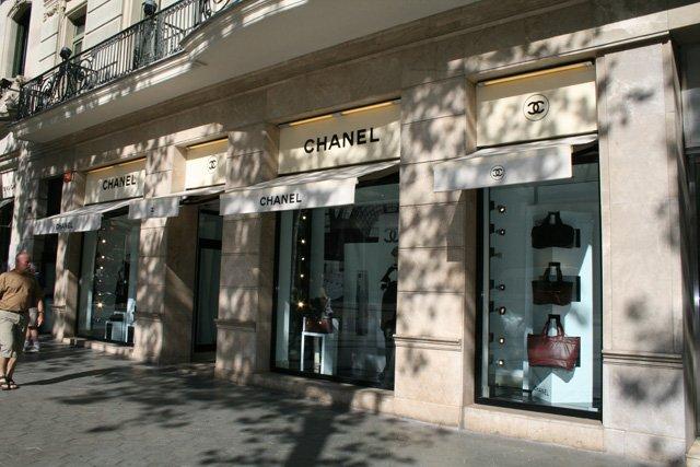 Expensive-shops.jpg