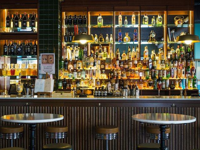 Balius-bar.jpg