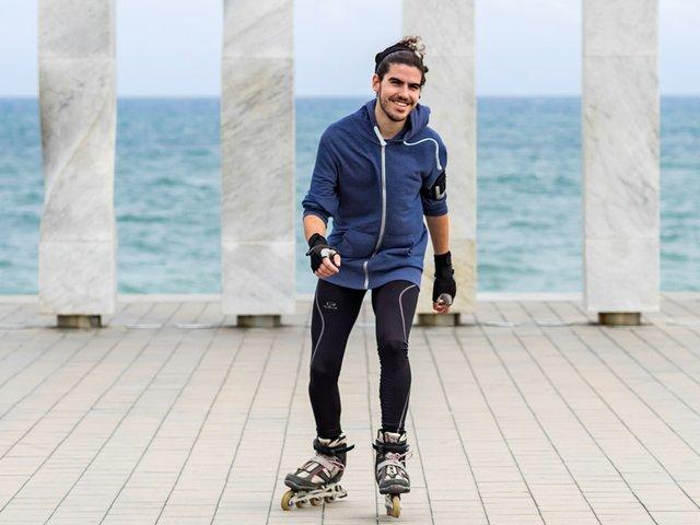 Alex-Roller-Skater.jpg