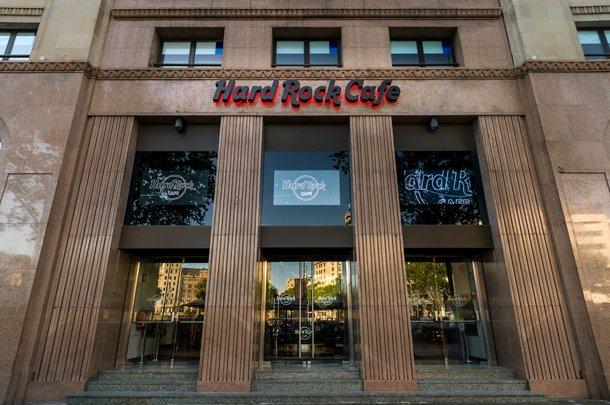 HardRockCafeBCN Exterior