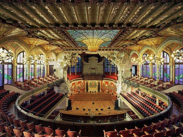 palau-de-la-musica-catalana-inside-concert-hall.jpg