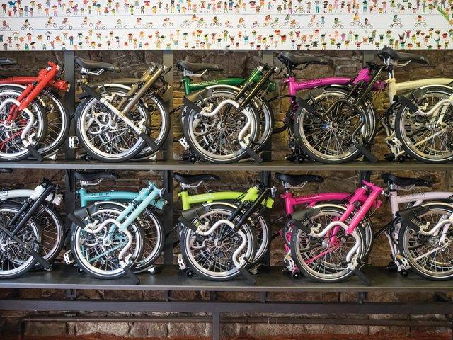 12-Cap-Problema-store---Brompton-bike.jpg