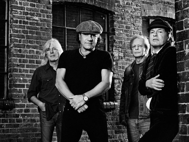 ACDC-Publicity-Photo-Black-&-White-61602584.jpg