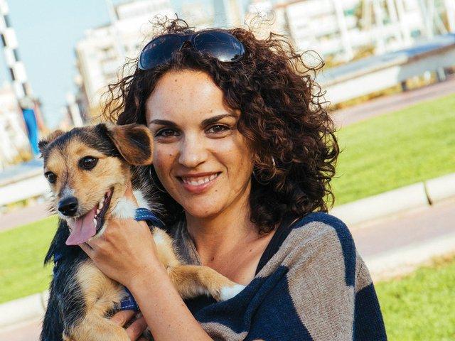 Mariah-and-dog.jpg