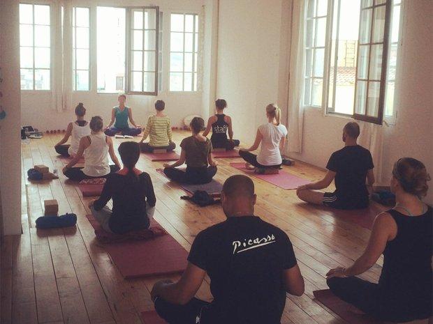 yogacongracia2.jpg