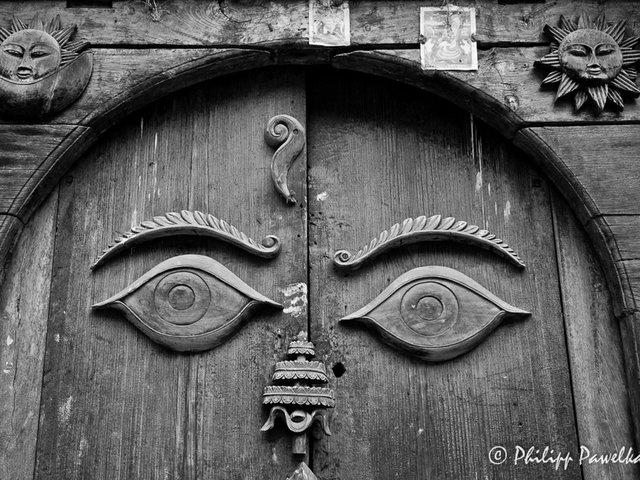 DoorWithASmile_PhilippPawelka.jpg