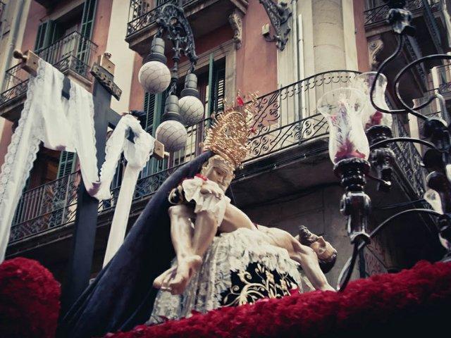 Semana-Santa-Good-Friday-Procession-Barcelona-Spain-(1-of-22).jpg