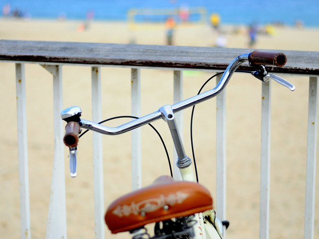bicycle-at-beach.jpg