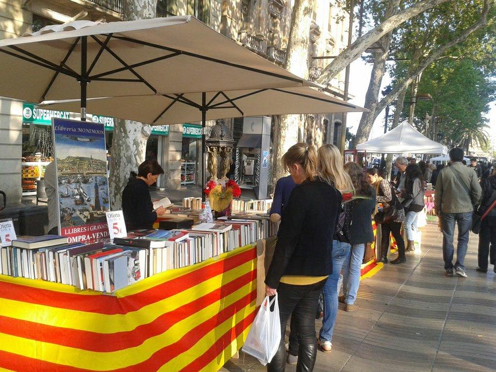 Sant jordi barcelona for Piscinas sant jordi barcelona