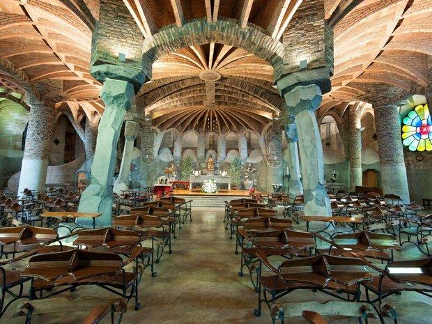 barcelona tourism 3.jpg