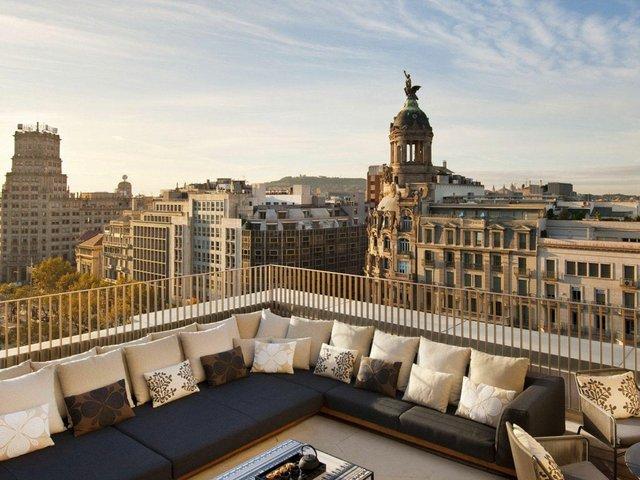 rooftop_terrace_in_barcelona.jpg