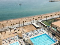 barceloneta-pool.jpg
