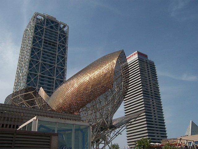 Port_Olympic,_in_Barcelona.jpg