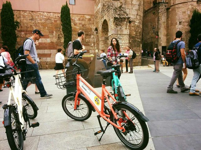 art-bike-tours.jpg