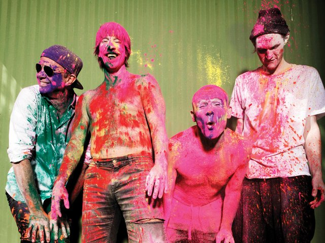red-hot-chili-peppers-foto.jpg