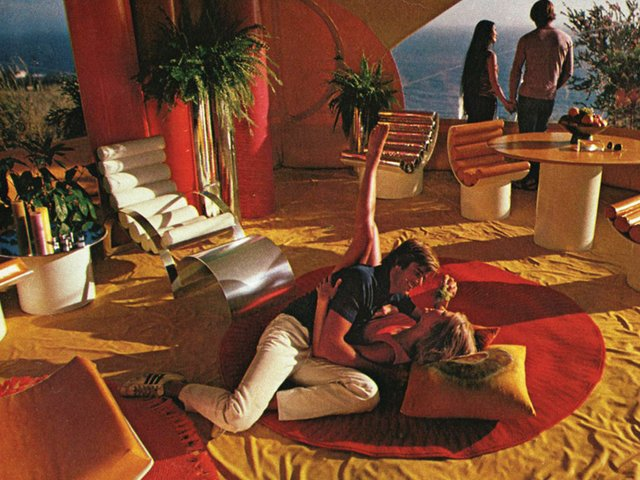 Playboy-Architecture-Bubble-House_April-1972_002.jpg