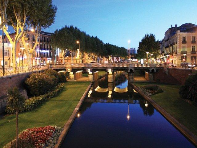 Canal-(credit-Andreas-Kambanis).jpg