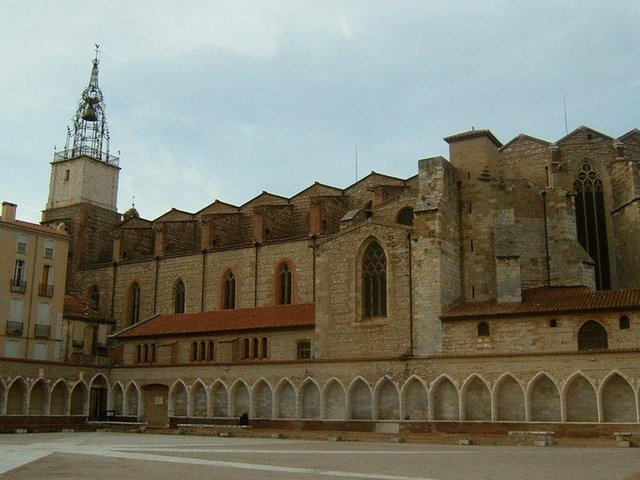 Perpignan-Cathedrale-(hhhhcredit-).jpg