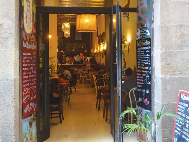 Cafe-Clandestina-04.jpg
