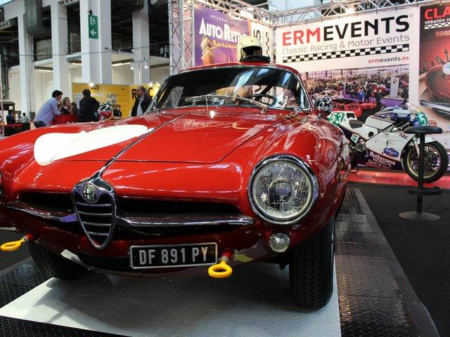 AutoRetro-Recurso-(Alfa-Giulietta-Sprint-Speciale-1962).jpg