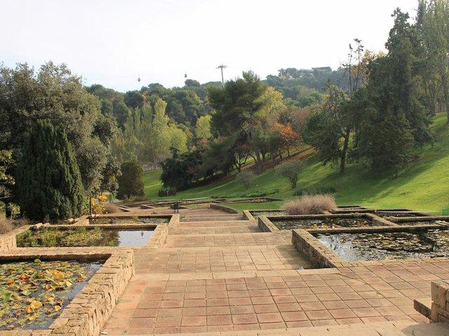Jardins_al_parc_de_Montjuic.JPG
