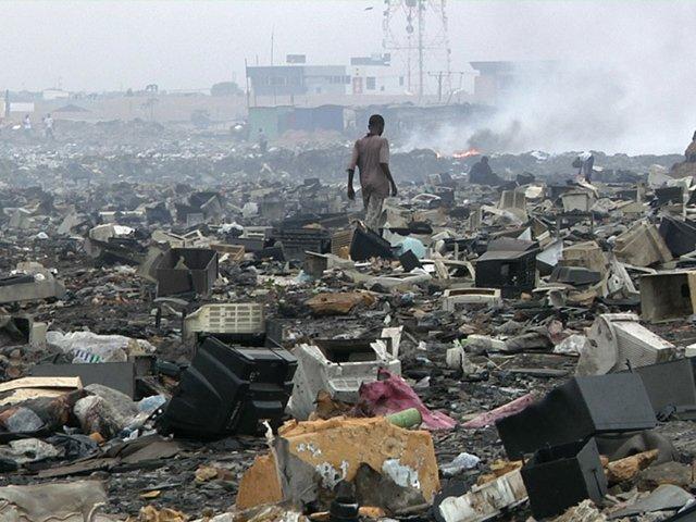 Cosima-Ghana-dumping-site.jpg