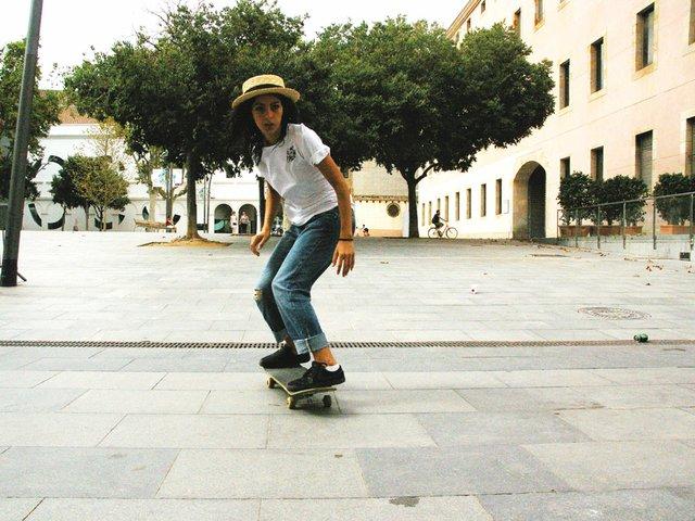 girl-skating.jpg