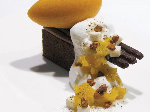 CHOCOLATE+REGALIZ-CON-ALBARICOQUE-Y-QUESO-DE-CABRA.jpg