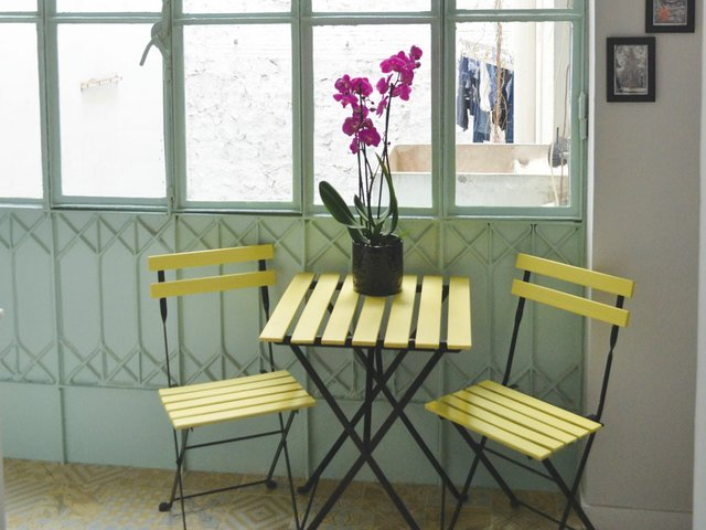 Place-of-my-own-January-2017-table-and-chairs.jpg