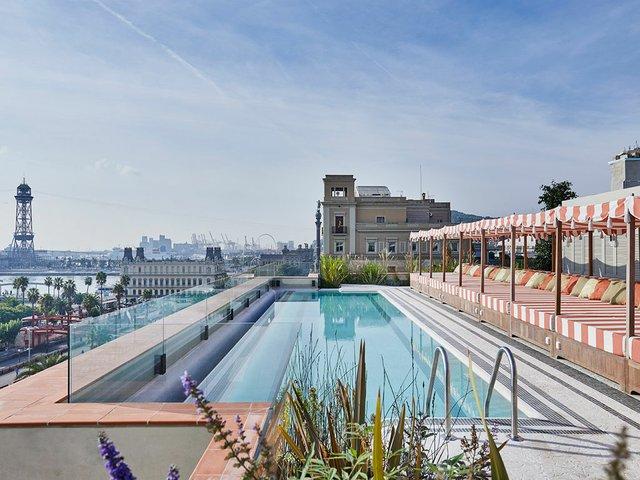 Soho-House-Barcelona-pool.jpg