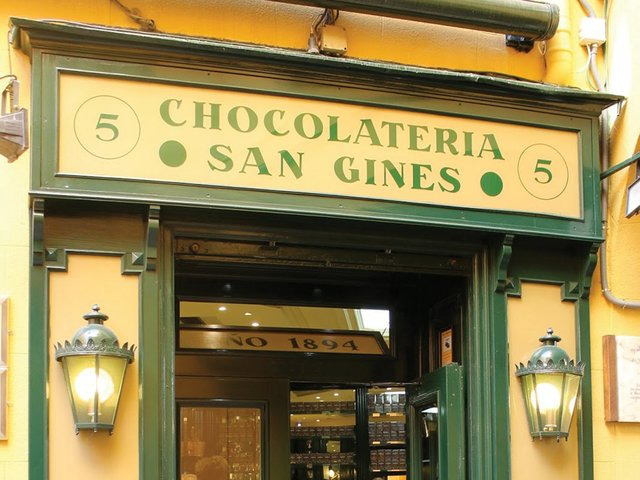 Chocolateria_San_Gines_entrance.jpg