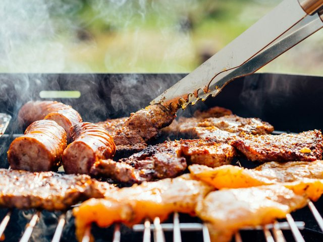 333food-chicken-meat-outdoors-1024x768.jpg