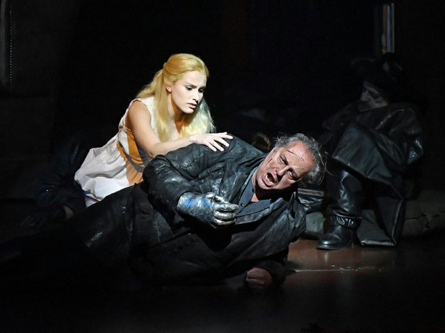 Opera-Review-The-Flying-Dutchman-at-the-Liceu.jpg