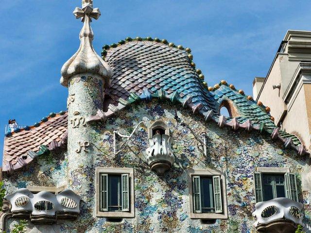 Barcelone_-_Casa_Batlló_-_Toit.jpg