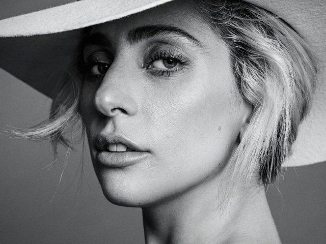 Lady Gaga2.jpg