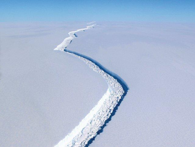 The-End-of-the-World---crack-antartida.PORTADA.jpg
