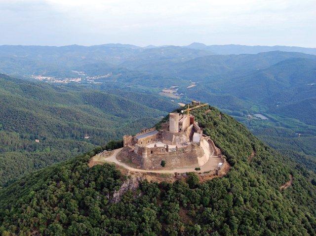 Castell-de-Montsoriu-CREDITS.jpg