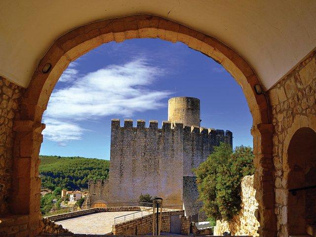 CastelldeCastellet2.jpg