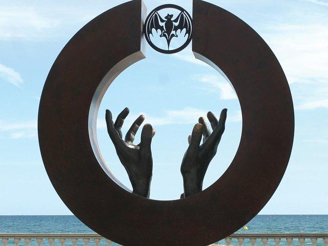 Facundo-Bacardi-statue.jpg