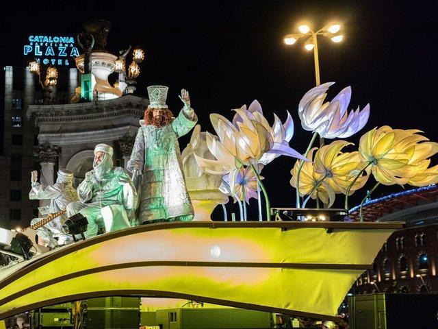 three-kings-parade-Barcelona.jpg