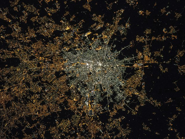 after-the-end-of-the-world-light-pollution-Milan-2015.jpg