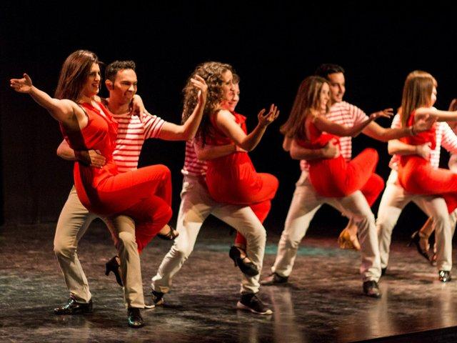 253_Samba_Dancers.jpg