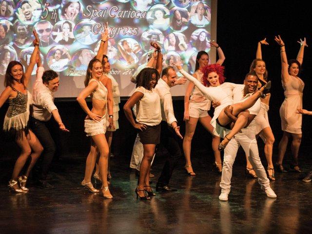 253_Samba_Dancers2.jpg