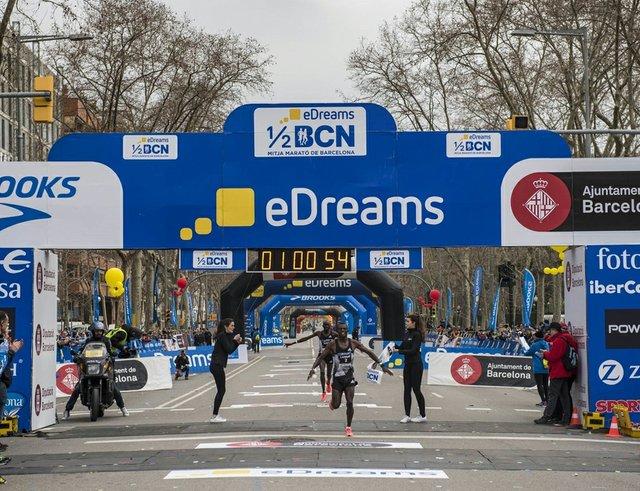 bcn half marathon.jpg