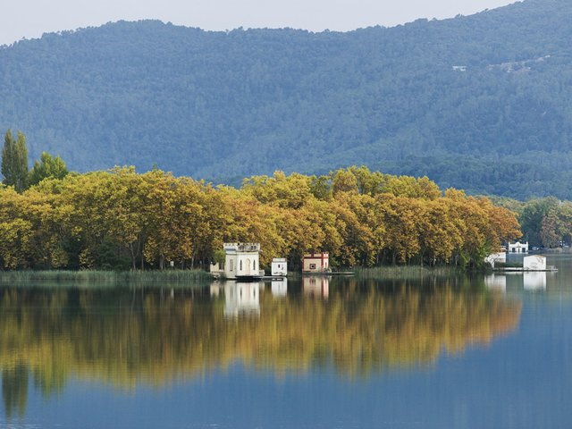 Banyoles_Lake_Harold-Abellan_1.jpg
