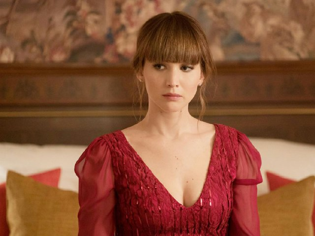 jennifer-lawrence-red-sparrow-movie-posters-stills-13.jpg