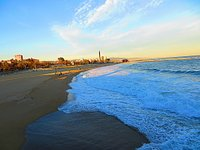 Playa_de_la_Nova_Ikaria-rszd.jpg